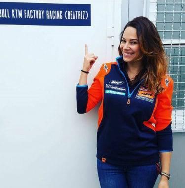 Bagi KTM, Wanita Tak Sebatas Gadis Pembawa Payung