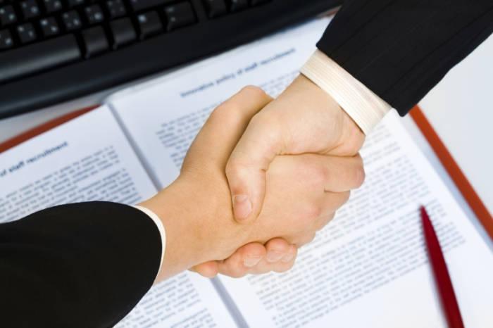 perbedaan perjanjian dan kontrak