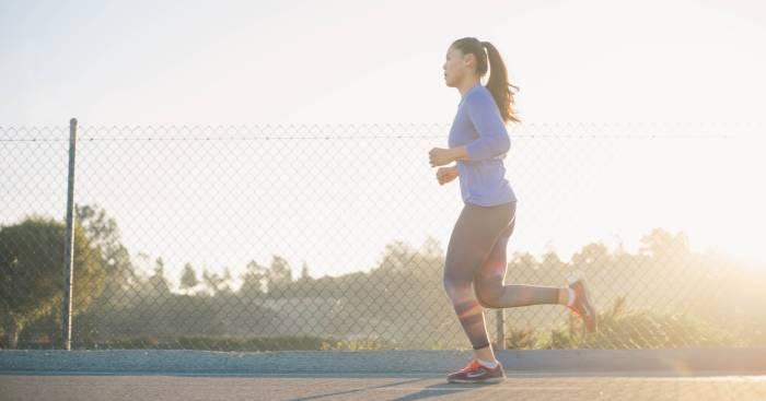olahraga teratur atasi insomnia