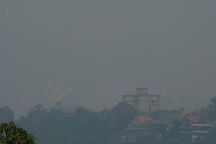 asap, kebakaran hutan, sydney, australia, pelabuhan, gedung opera, new south wales