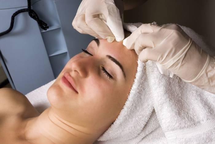 efek samping facial wajah kulit kemerahan