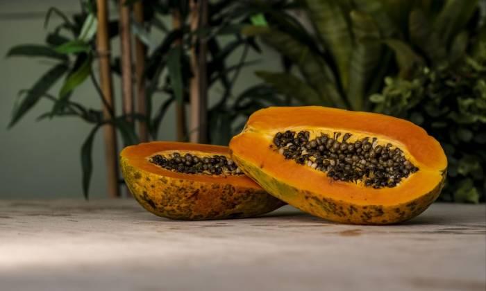 manfaat buah pepaya melancarkan pencernaan
