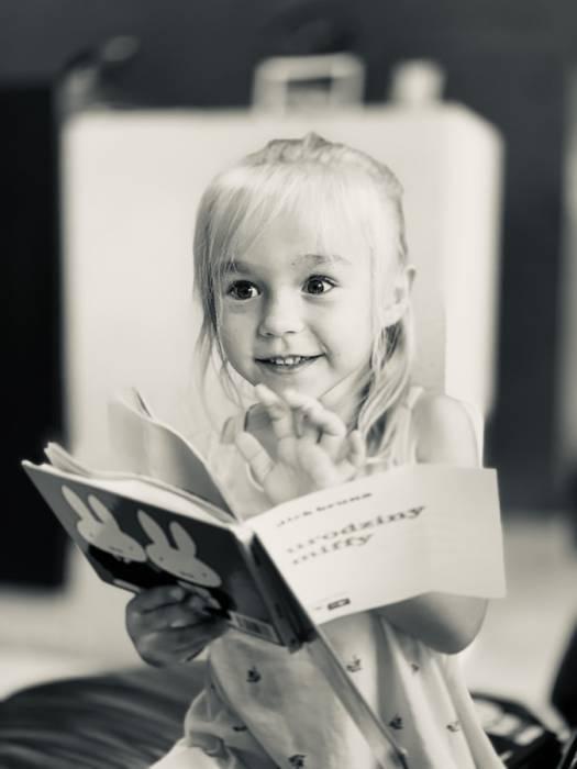 manfaat mendongeng kemampuan bahasa anak