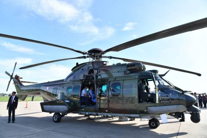 pesawat presiden, presiden jokowi, helikopter presiden, helikopter tni au, pesawat kepresidenan, helikopter caracal, halim perdanakusuma, helikopter kepresidenan