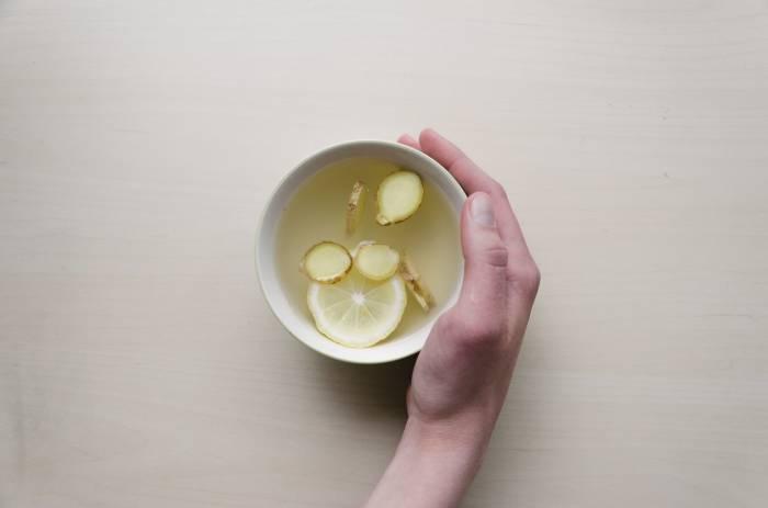 air jahe untuk obat mual alami bagi ibu hamil