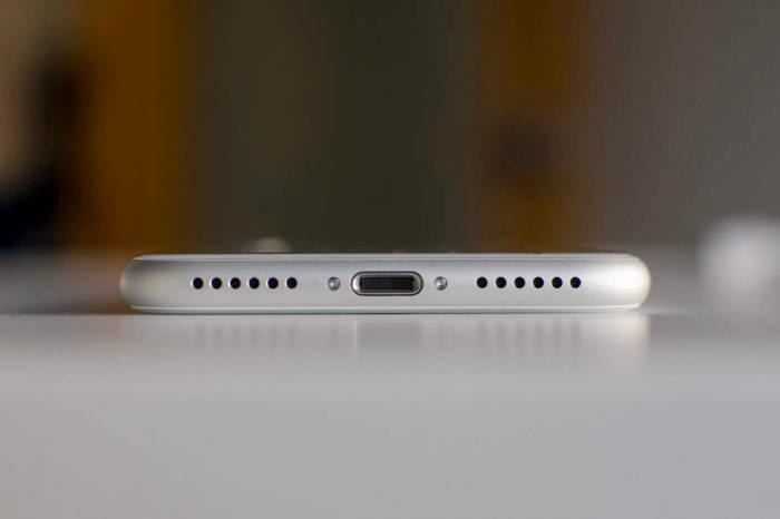 Lightning Port di iPhone