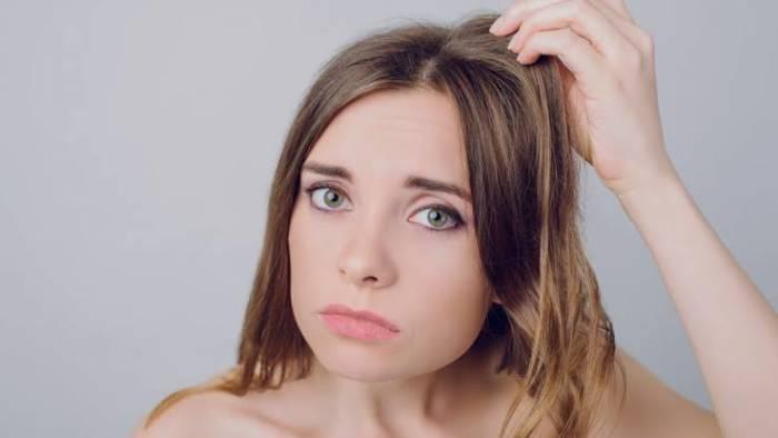rambut berminyak akibat tidak mandi lebih dari dua hari