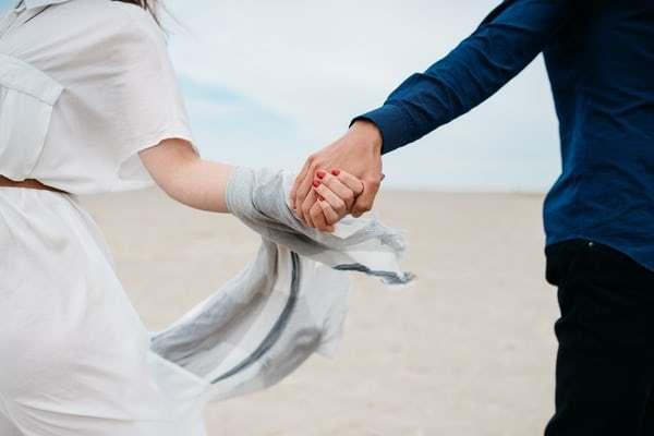 Ilustrasi pasangan kekasih (Unsplash.com)