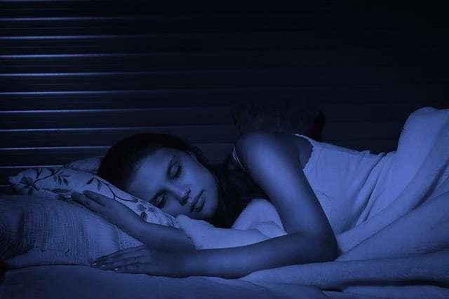 tidur matikan lampu