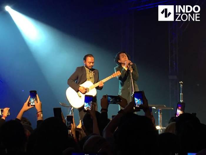 Aksi Fourtwnty dan Najwa Shihab di Konser Noah Mencari Cinta