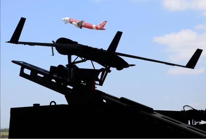 drone, drone scaneagle, scaneagle