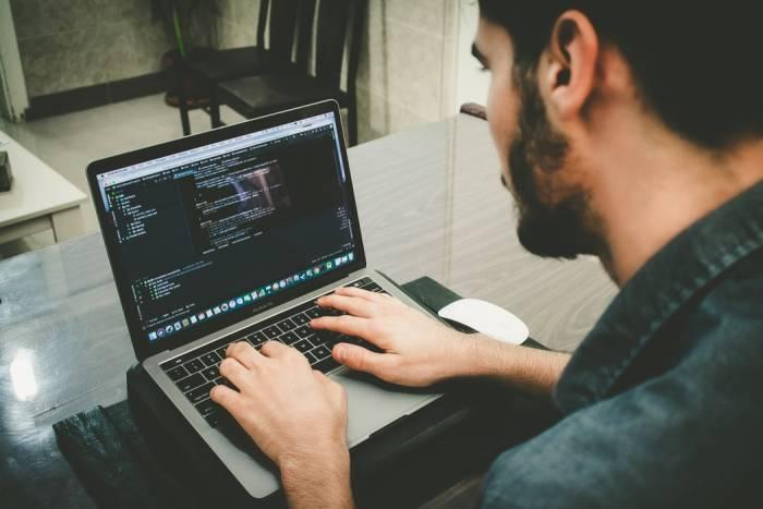 Tips mudah belajar coding bagi pemula