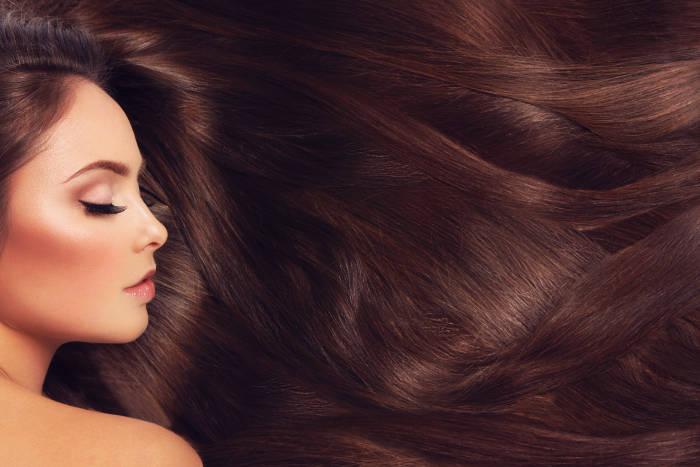 Tren Rambut 2020 yang Sesuai dengan Warna Kulit