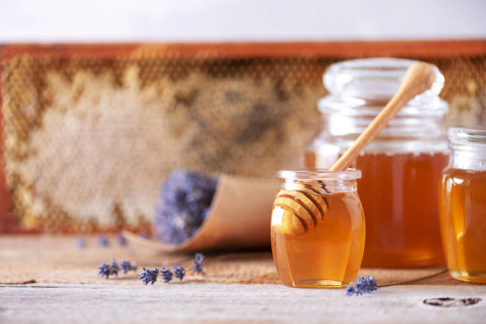 madu untuk kulit berminyak