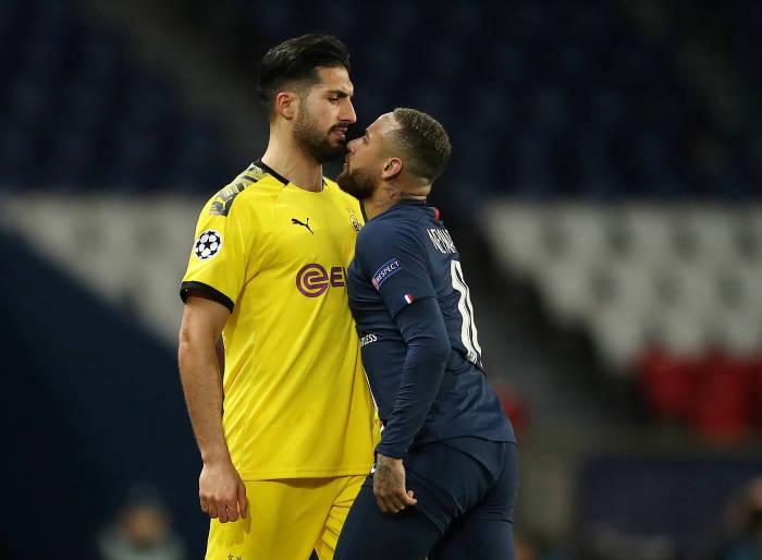 Penyerang PSG, Neymar bersitegang dengan pemain Borussia Dortmund, Emre Can.