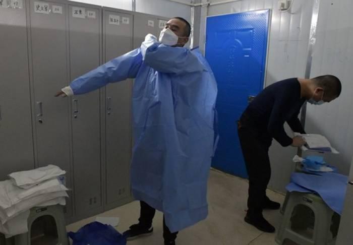 Virus Corona, Covid-19, coronavirus, corona, Covid19, ambulans, ambulance, sopir ambulans, wuhan, rumah sakit, pasien corona, china, cina, tiongkok