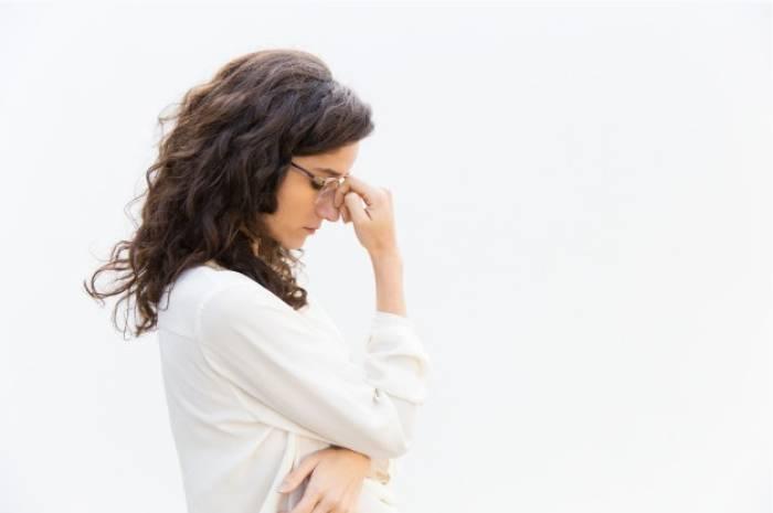 Ilustrasi ibu stres