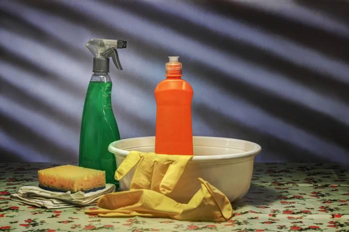 Cara Mudah Membuat Cairan Disinfektan Tanpa Bahan Kimia