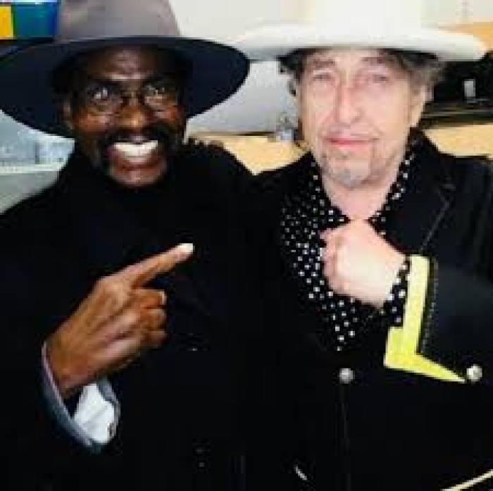 Rubin Carter dan Bob Dylan tetap bersahabat di hari tua