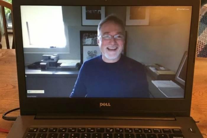 Sutradara David Fincher dalam kelas online-nya.