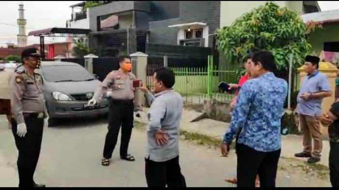 Anggota DPRD Medan Edi Saputra marah-marah