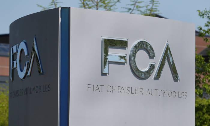 Logo pabrikan FIAT