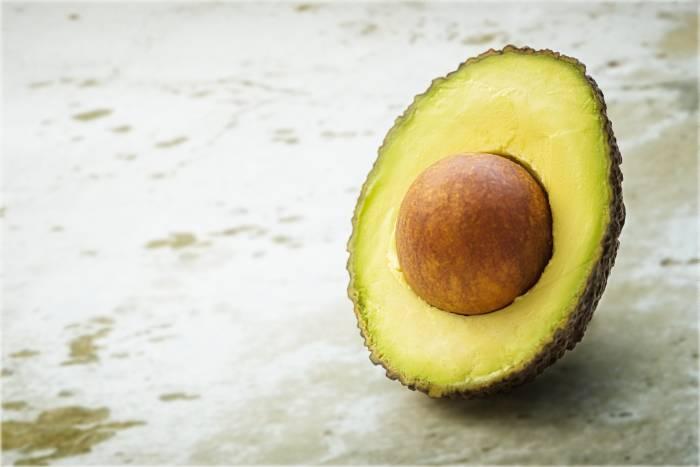 3 Makanan yang Bikin Kulit Wajah Lebih Cerah dan Awet Muda