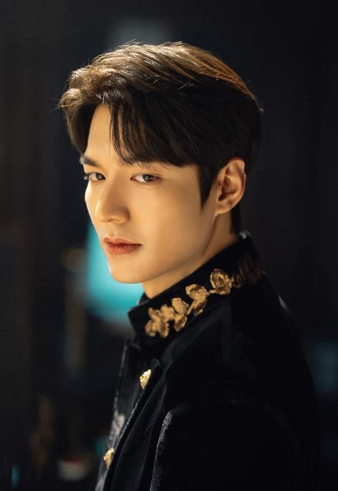Lee Min Ho dan Kim Go Eun Buka-Bukaan soal Karakter di The King: Eternal Monarch