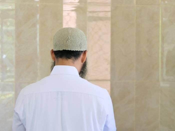Tata Cara Salat Idul Fitri Berjemaah di Rumah