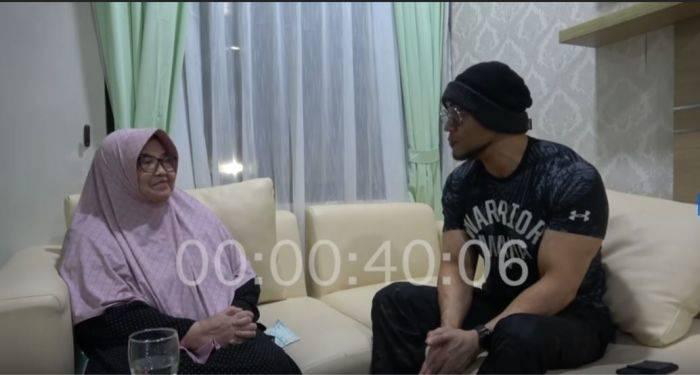 Menkes di Era SBY Siti Fadilah dan Deddy Corbuzier.(YouTube/@deddycorbuzier)
