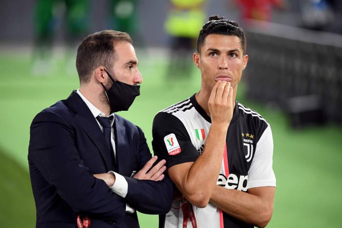 Cristiano Ronaldo, Juventus, Final Coppa Italia, Napoli, Juventus kalah, Cristiano Ronaldo sedih, Stadion Olimpico, Roma, Italia, Coppa Italia, Juventus gagal, Cristiano Ronaldo gagal