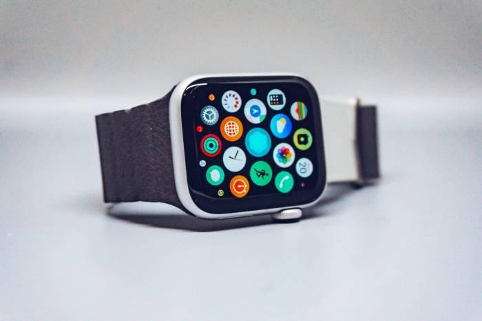 Ilustrasi Apple Watch Series 5
