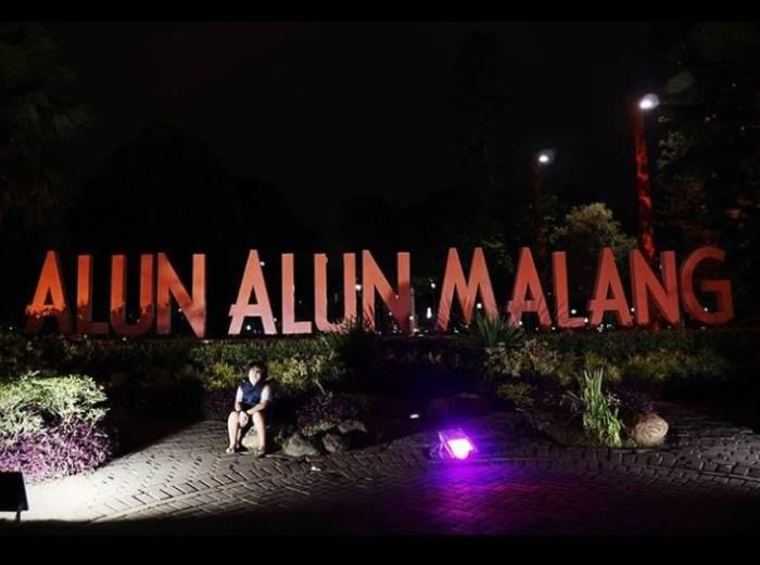 tempat wisata hits di Malang alun alun Kota Malang