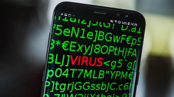Ilustrasi malware di smartphone Android