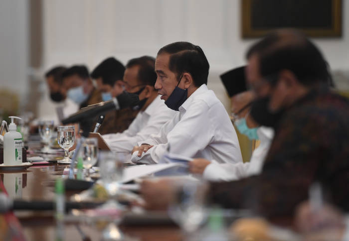 presiden jokowi, reshuffle kabinet, perombakan menteri,