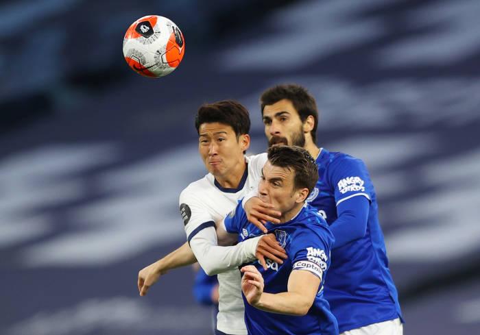 Tottenham vs Everton, Tottenham, Spurs, Everton, klasemen liga inggris, liga inggris, gol bunuh diri
