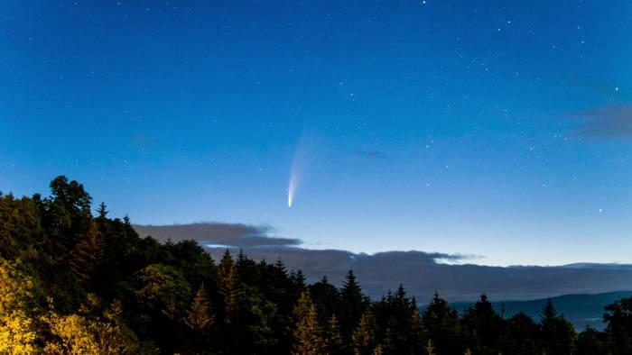Komet, Komet C/2020, Komet Neowise, Neowise, komet melintasi bumi, NASA, Bumi, teleskop