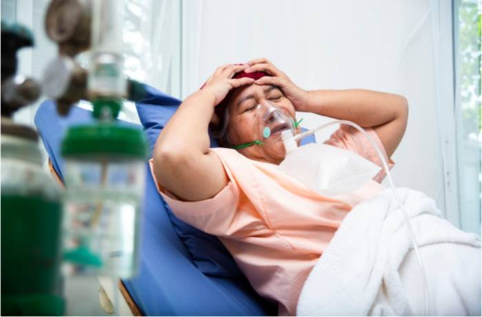Ilustrasi sakit kepala yang dikaitkan dengan covid-19.