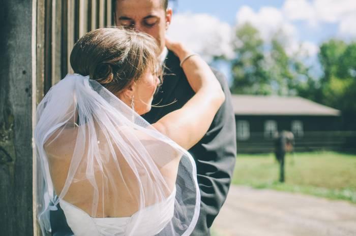 tips datang ke nikahan mantan pacar