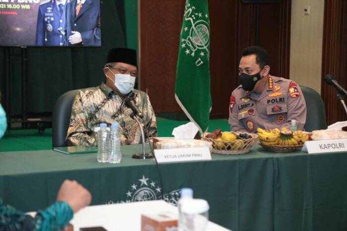 Listyo Sigit Prabowo saat bertemu Ketua PBNUSaid Aqiel Siradj. (Antara)